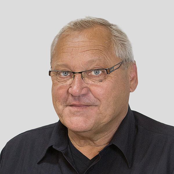 ANDREAS SCHMEISSER